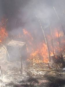 baraccopoli in fiamme
